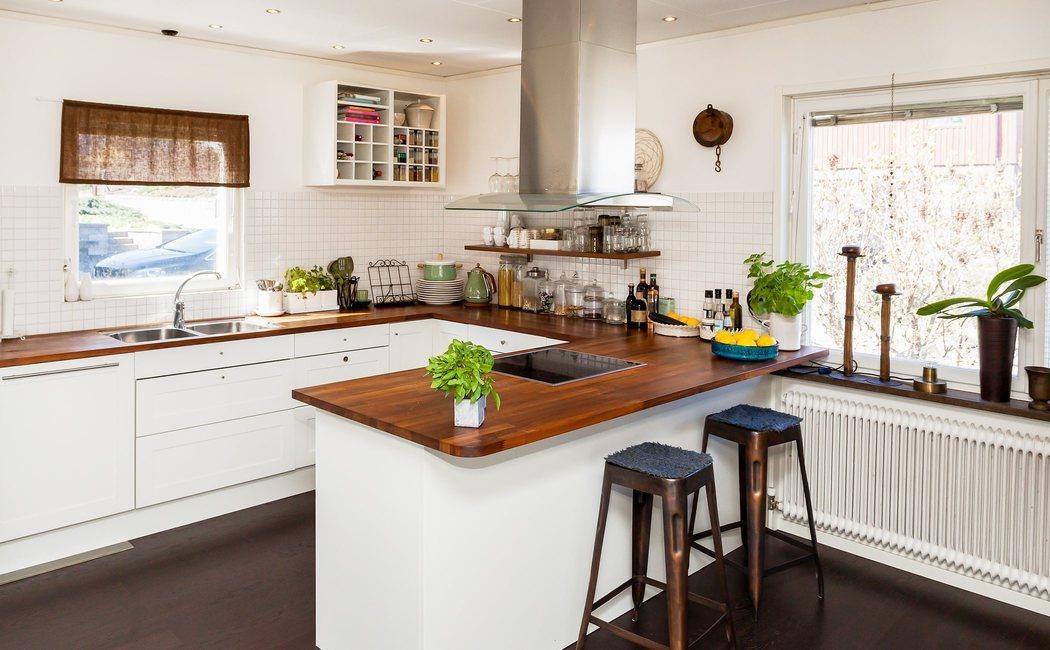 Cómo combinar la encimera y los muebles de cocina