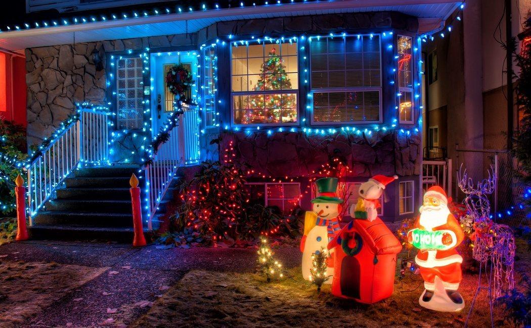 Navidad: Cómo decorar el exterior de tu casa
