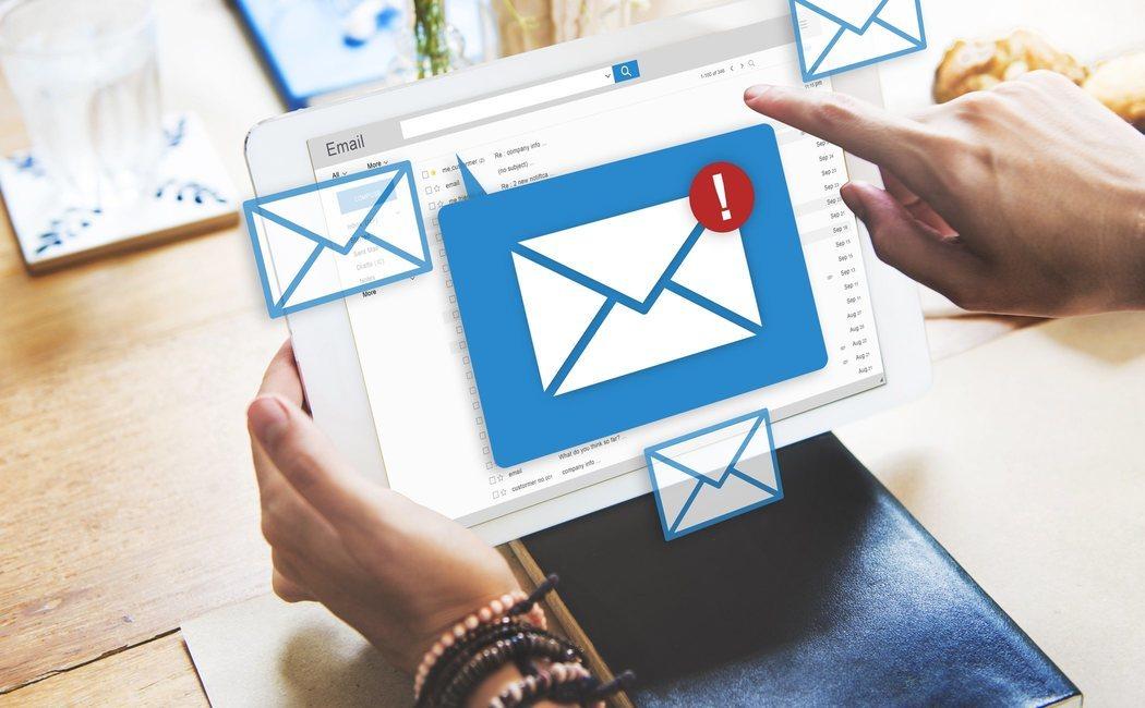 El e-mail también contamina