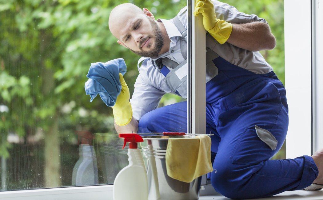 Cómo limpiar cristales para dejarlos perfectos
