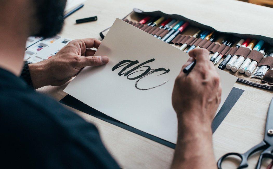 Lettering: caligrafía creativa