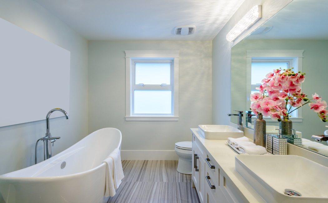 Papel pintado en el baño, ¿sí o no?