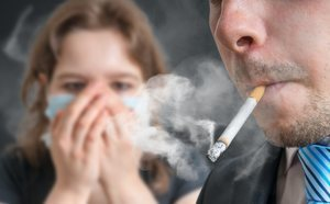 como eliminar olor tabaco sofa