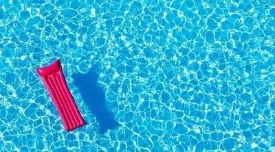 Cómo calentar el agua de la piscina